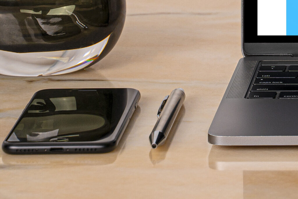 Free Desk MacBook Pro Scene Set Vol2 Mockup PSD Template4