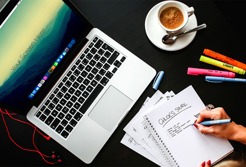 Free Macbook Pro Office Mockups PSD Template1