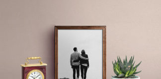 Free Picture Frame Mockup PSD Template1