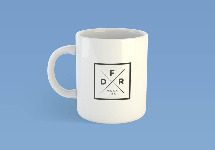 Free Realistic Coffee Mug Mockup PSD Template1