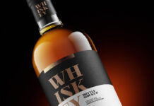 Free Whisky Bottle Mockup PSD Template1