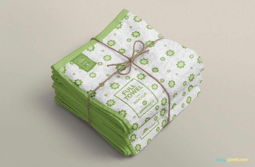 Free Attractive Beach Towel Mockup PSD Template3