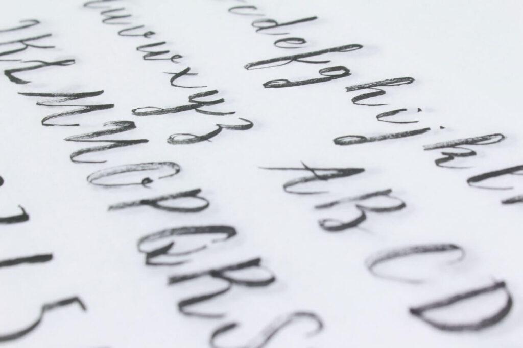 Free Scaramella Handwriting Script Font3