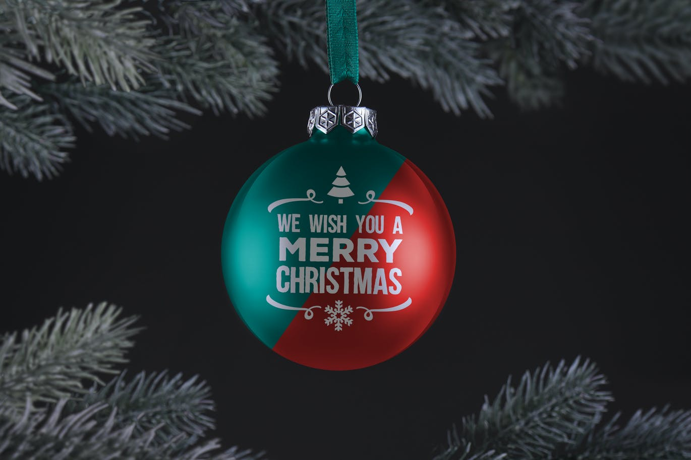 Christmas ball ornament mockup (1)