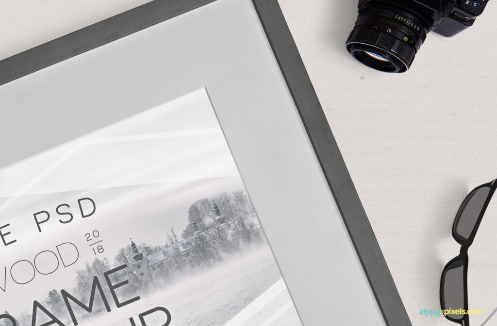 Free Breathtaking Photography Frame Mockup PSD Template4