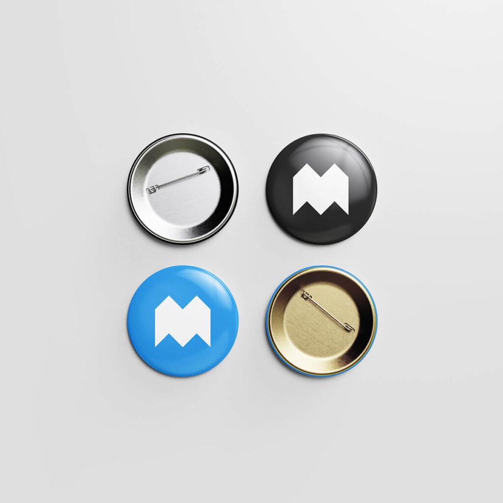 Free Metallic Pin Button Mockup PSD Template3