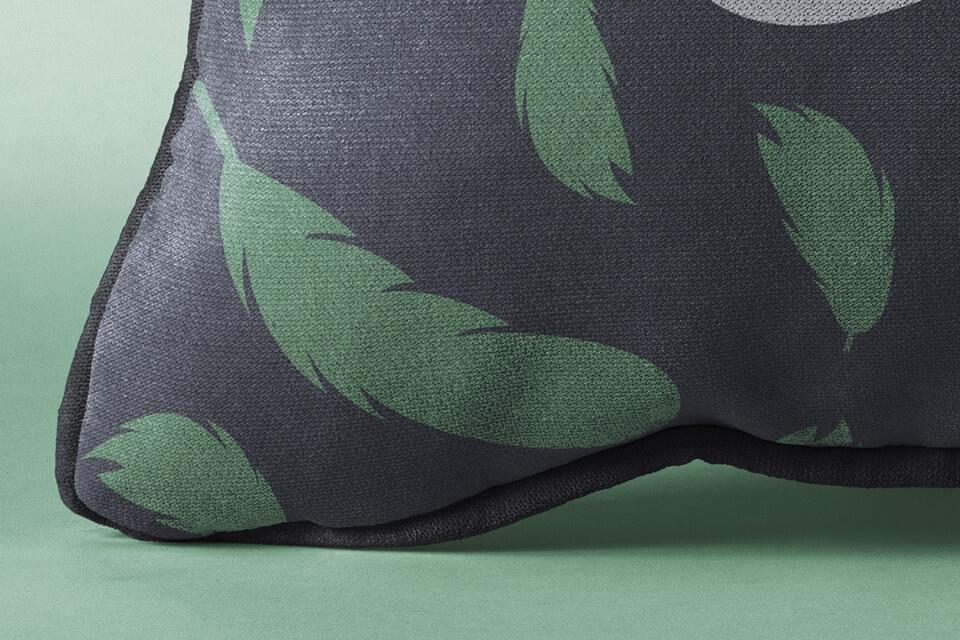 Free Rectangular Pillow Mockup PSD Template4