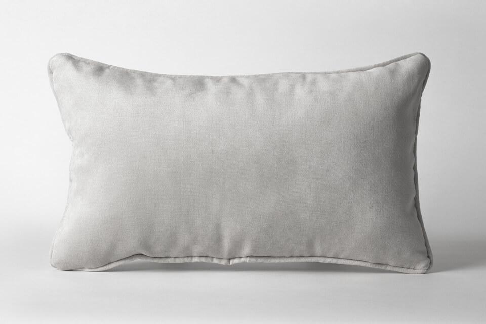 Free Rectangular Pillow Mockup PSD Template5