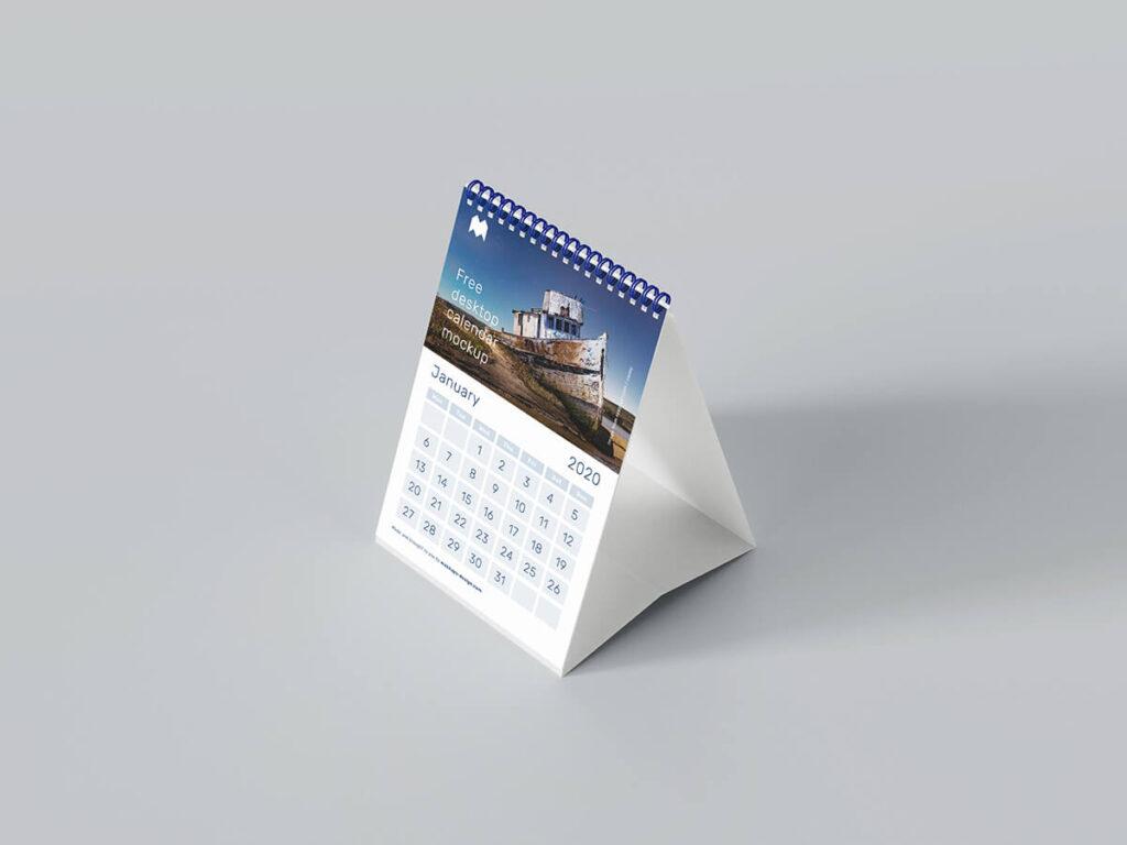 Free A5 Desk Calendar Mockup PSD Template1
