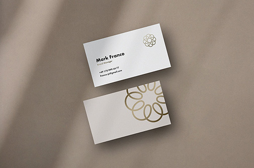 Free Mote Business Card Mockups PSD Template1