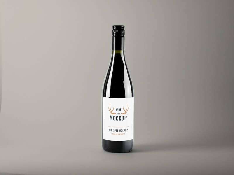 Free Realistic Wine Bottle Mockup PSD Template