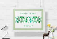 Free Decorative Gorgeous Wall Frame Mockup PSD Template (1)