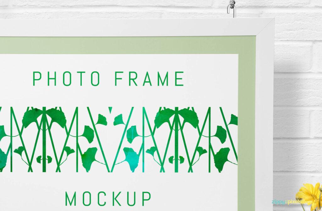 Free Decorative Gorgeous Wall Frame Mockup PSD Template2 (1)