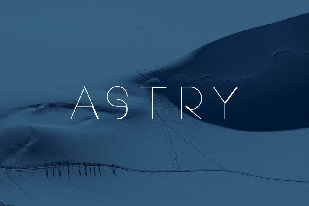 Free Uppercase Astry Font (1)