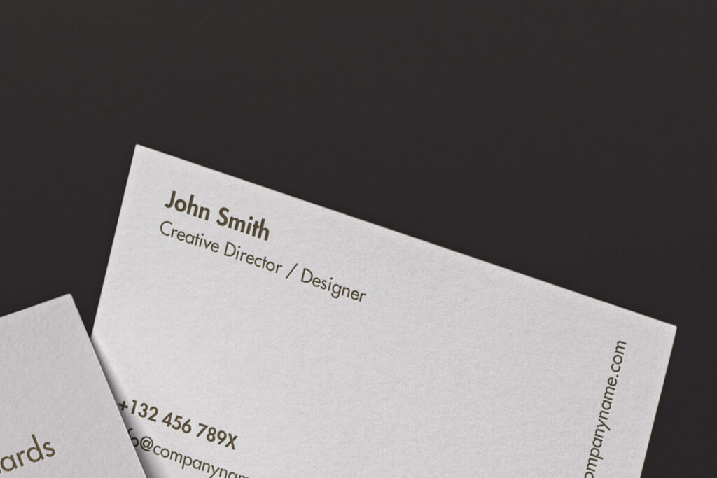 Free Classic Corporate Business Card Mockup PSD Template1 (1)