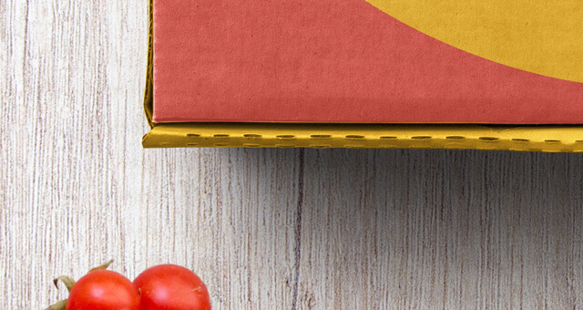 Free High Quality Pizza Box Mockup Packaging PSD Template2 (1)