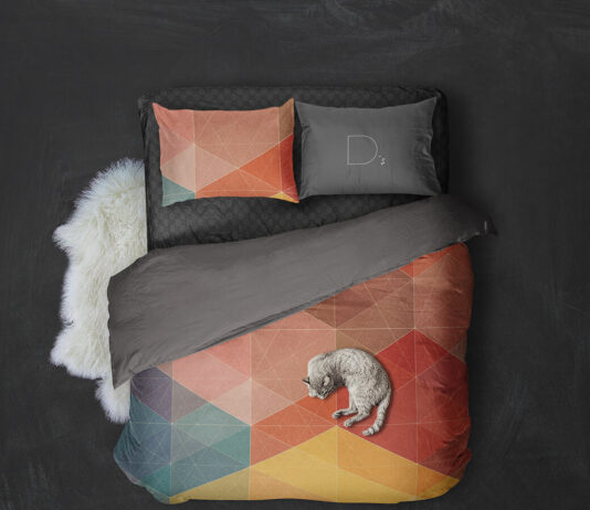 Free Comfortable Bed Linen Mockup PSD Template (1)