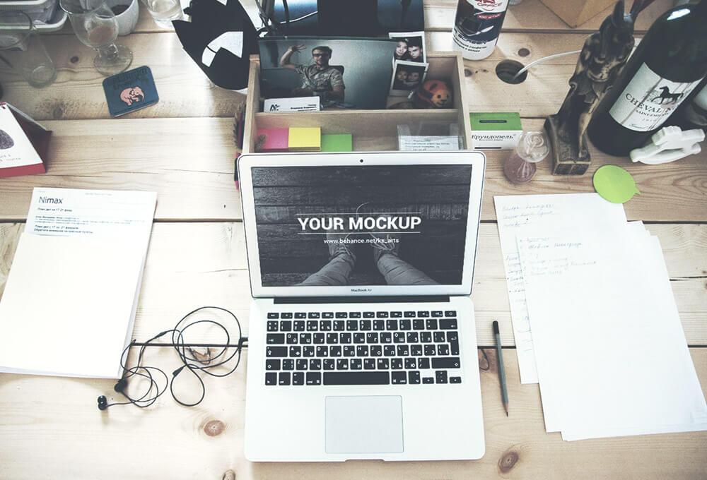 Free Macbook Air Mockups PSD Template (1)