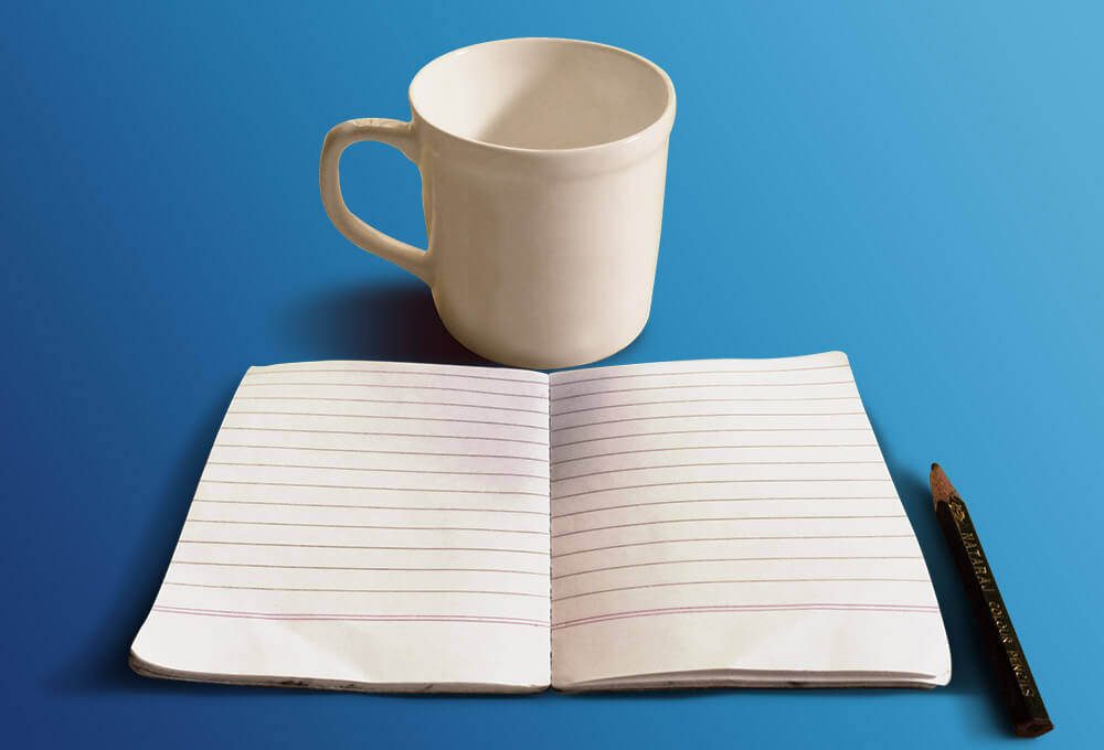 Free Sketchbook And Coffee Cup Mockup PSD Template1 (1)