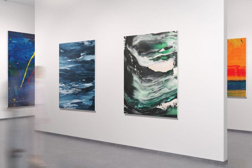 Art Gallery Mockup (3)