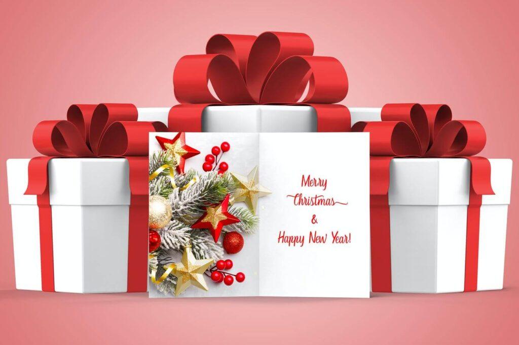 Christmas Greeting Card Mockup (3)