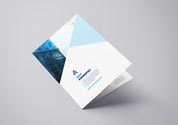 Free Elegant Course A4 Bifold Mockup PSD Template (1)