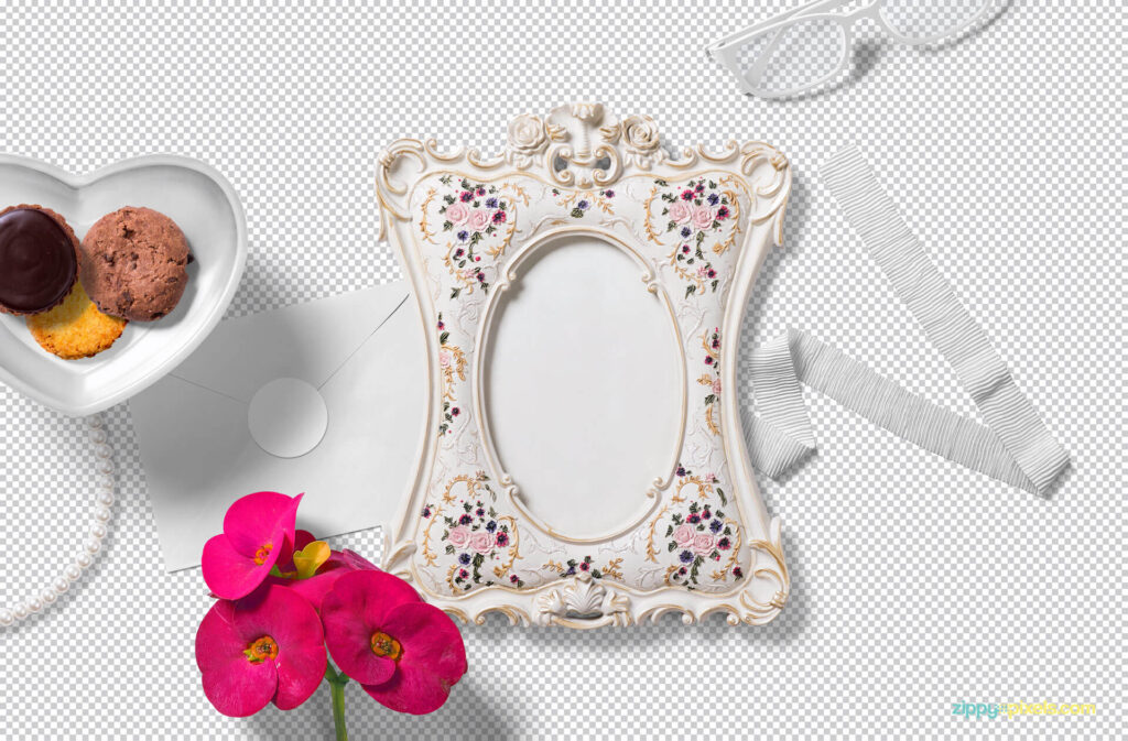 Free Gorgeous Picture Frame Mockup PSD Template1 (1)